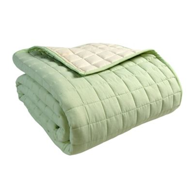 Homescapes Cotton Quilted Reversible Bedspread Sage Green & Cream, 150 x 200 cm