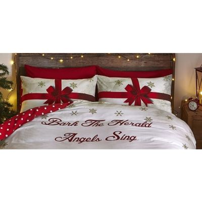 Catherine Lansfield Merry Christmas Presents Housewife Pillowcase Pair