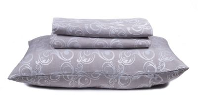 EHC Matelasse King Sized Bedspread With 2 Pillow Shams