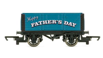 Hornby Father's Day Wagon 2017