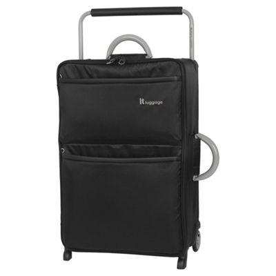 it luggage Worlds Lightest Medium 2 wheel Black Suitcase