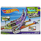 Hot Wheels Split Speeder Blade Raid Track Set