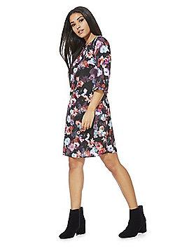 Y by Yumi Floral Print Shift Dress - Multi