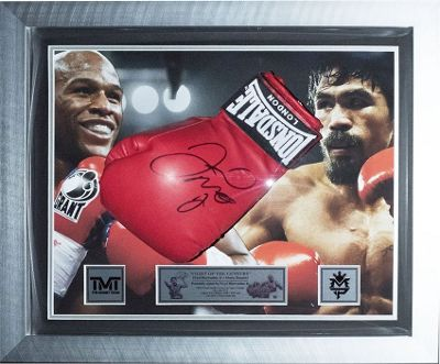 Signed Floyd Mayweather Jr Framed Boxing Glove Display v Pacquiao