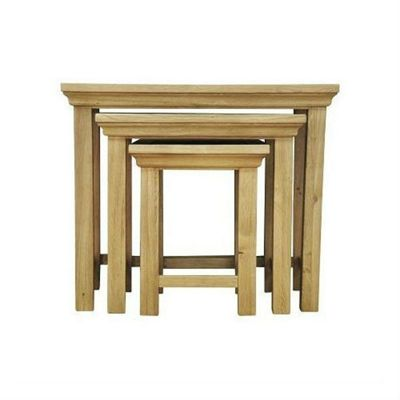 London Light Oak Nest of 3 Tables