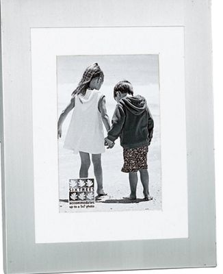 Sixtrees Metro with Mount Photo Frame - Matt - Brushed Silver - 15.24 cm H x 20.32 cm W x 2.5cm D
