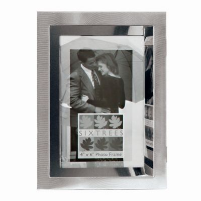 Sixtrees Culver Two Tone Photo Frame - 23.5cm H x 18cm W x 2.5cm D