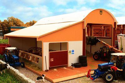 Dutch Barn Silage Cubicle - 1:32 Scale