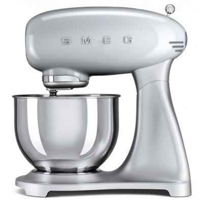 Smeg SMF01SVUK | 50's Retro Kitchen Style Cake & Dough Stand Mixer in Silver