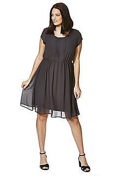Mamalicious Pleat Front Maternity Dress - Grey