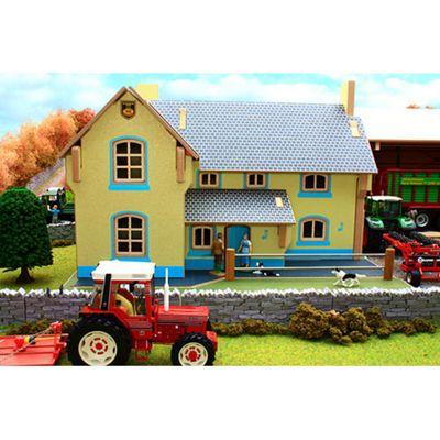 Brushwood Bt8910 Farm House - 1:32 Farm Toys