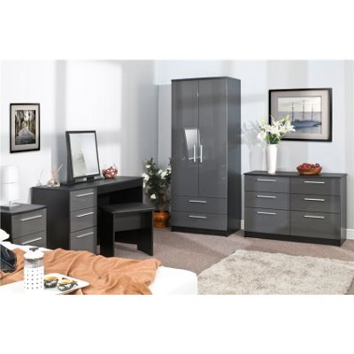 Chester 6 Drawer Chest of Drawers - Grey On Black