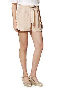 Vero Moda Tencel® Tie Waist Shorts - Peach