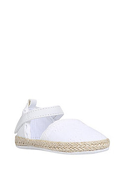 F&F Broderie Anglaise Espadrille Pumps - White
