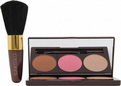 Sunkissed Bronze and Contour Gift Set 3.5g Bronzer + 3.5g Blush + 3.5g Highlighter + Applicator + Blusher Brush