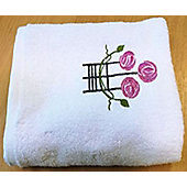 Charles Rennie Macintosh Style Rose Bath Towel in White - 70 x 120 cm