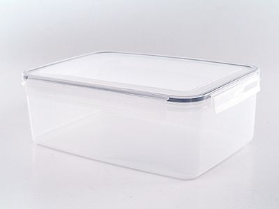 Addis Clip and Close 5.2L Rectangular Food Storage Translucent