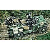 Commando Car - 1:35 Scale - 320 - Italeri