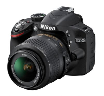 Nikon D3200 Digital SLR Camera Kit with 18-55mm VR Lens (Black)