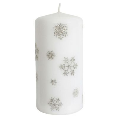 Snowflake Design Pillar Candle