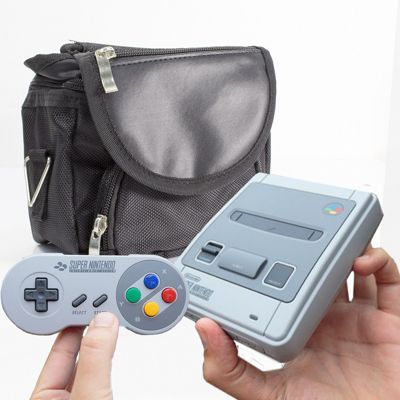 Nintendo Classic Mini: Super Nintendo Entertainment System(SNES) Travel Bag by Twitfish (Black)