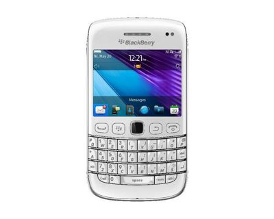 Research In Motion 9790 BlackBerry Bold Smartphone with QWERTY Keyboard White