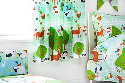 Ready Steady Bed Kids Le Farm Theme Pencil Pleat Curtains 66x54 with Tiebacks