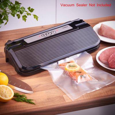 VonShef - Vacuum Food Sealer Bags 22cm x 2 5m Rolls (10m Total)