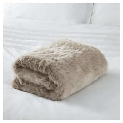 Throws and Blankets Soft Furnishings Tesco