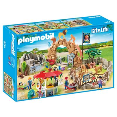 Playmobil 6634 City Life Large City Zoo Playset with 15 Animals