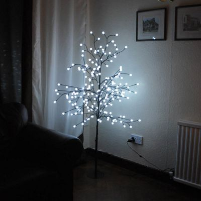 Indoor 5ft (152cm) LED White Frosty Berry Tree Christmas Festive Xmas Decoration