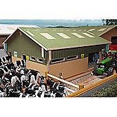 Brushwood Bt2000 Herringbone Milking Parlour - 1:32 Farm Toys