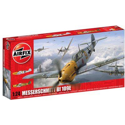Messerschmitt Bf 109E-4/E-3 (A12002A) 1:24