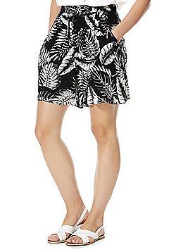 F&F Monochrome Tropical Leaf Print Shorts - Black & White