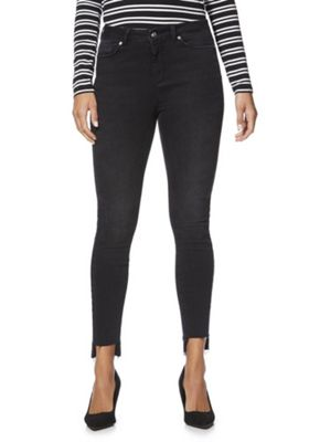 Vero Moda Style 7 Stepped Hem Slim Fit Jeans 30 Waist 30 Leg Washed black