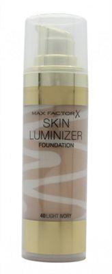 Max Factor Thunder & Light Skin Luminizer Porcelain Foundation 30ml - 40 Light Ivory