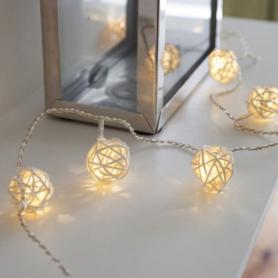 16 Warm White LED Rattan Fairy Lights