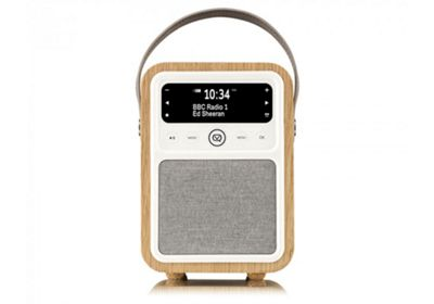 VQ Monty Oak DAB+/FM Bluetooth Radio