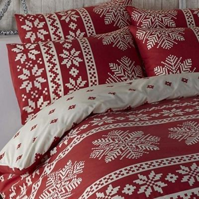 Alpine, Snowflake and Christmas Themed Double Duvet - Red