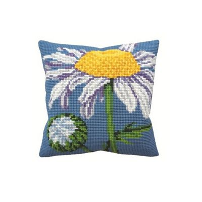Collection D Art Marguerite on Blue Cushion Kit