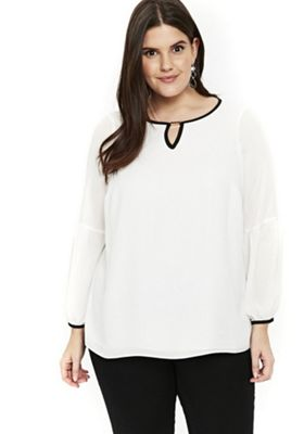 Evans Contrast Binding Plus Size Top White 22