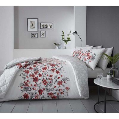 Dreams n Drapes Gabriella Red Bedspread