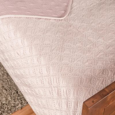 Homescapes Luxury Dusky Pink Quilted Velvet Bedspread Geometric Pattern 'Eternity Ring' Throw, 250 x 260 cm