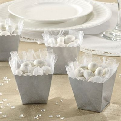 Silver Scallop Favour Boxes