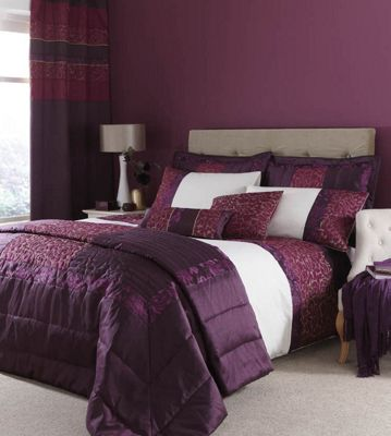 Catherine Lansfield Home Signature Quilted Damask Double Bed Duvet Cover Set Plum