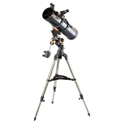 DS - Celestron AstroMaster 130EQ MD (Motor Drive) Telescope