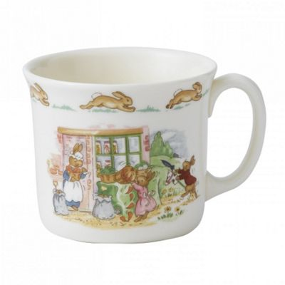 Royal Doulton Bunnykins Nurseryware 1 Handled Hug a Mug