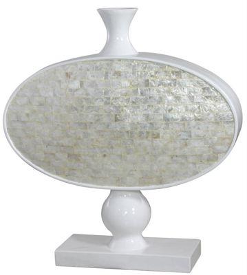 Cream Shell Fibreglass Continental Stemmed Oval Vase