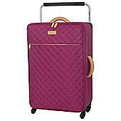 IT Luggage Tritex Quilted 4-Wheel Persian Red Medium Suitcase