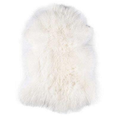 Bahne Rug Natural Tibetan Lambskin in White L: 95-105 cm W: 80-90 cm